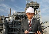 Petrol rafinerisi mühendis — Stok fotoğraf