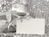 Blank paper note in the holiday arrangement — Стоковое фото