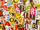 вырезать буквы из газеты — Стоковое фото