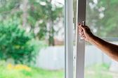 Uma janela aberta — Foto Stock