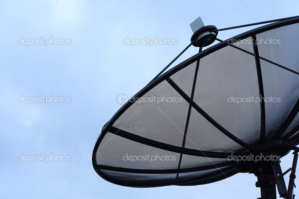 Satellite dish in blue sky — Stock Photo #11449101