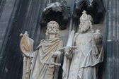 Statues on the front of the Cathedral in Cologne, Germany — Stock Photo