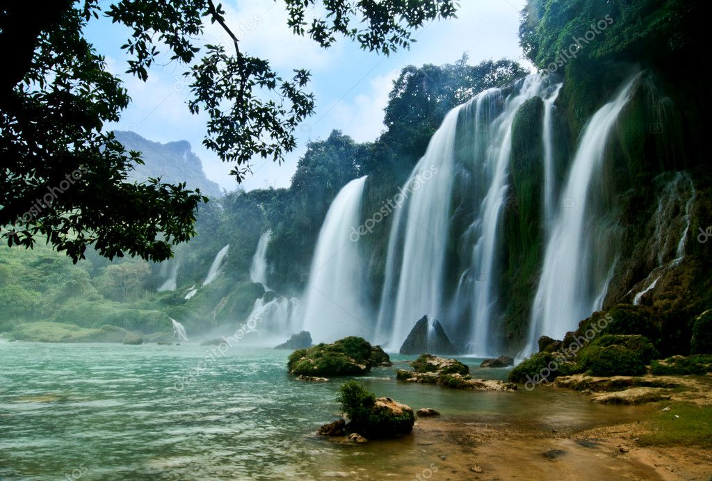 Ban Gioc water fall province of Cao Bang, Vietnam  Stock Photo #11146885