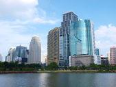 Edificios del área de negocio de bangkok, tailandia — Foto de Stock