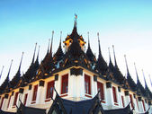 Thai architecture: Wat Ratchanadda, Loha Prasat — Stock Photo