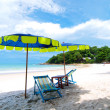 Two chairs and umbrella tropical beach in Samed Island, Thailand - 图库照片