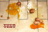 Eggs fall — Stock Photo