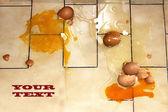 Äggen faller — Stockfoto