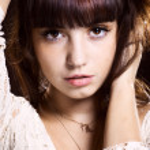 Brunette posing — Stock Photo