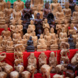 Stock Photo: Buddhstatue stacks on table