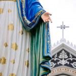 Statue maria and church — Stock Photo #11973561