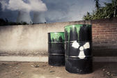 Toxic drum barrel spilled its hazardous content outside nuclear plant — Stock Photo
