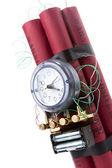 Dinamita bomba de tiempo sobre un fondo blanco — Foto de Stock