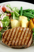 Steak And Vegetables 3 — Stockfoto