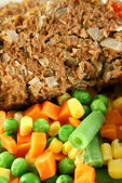Meatloaf And Vegetables 2 — Stock Photo