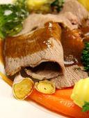 Roast Lamb And Garlic — Stock Photo