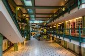 εγκαταλελειμμένο εμπορικό κέντρο — 图库照片