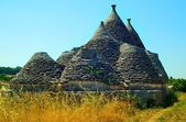 Ruins of trulli in the countryside of Martina Franca (TA) — Stock Photo