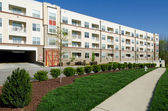 Modern apartment complex exterior — Stock Photo