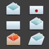Envelopes And Email Icon Set — Stock Vector