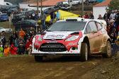 ALGARVE, PORTUGAL - MARCH 31: Evgeny Novikov (RUS) driving is Ford Fiesta RS WRC in Rally de Portugal 2012 on March 31, 2012 in Algarve, Portugal — 图库照片
