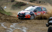 Algarve, portugal - 31 de marzo: ivan cominelli (che) de conducción es renault twingo r3 en el rallye de portugal 2012 a 31 de marzo de 2012 en algarve, portugal — Foto de Stock