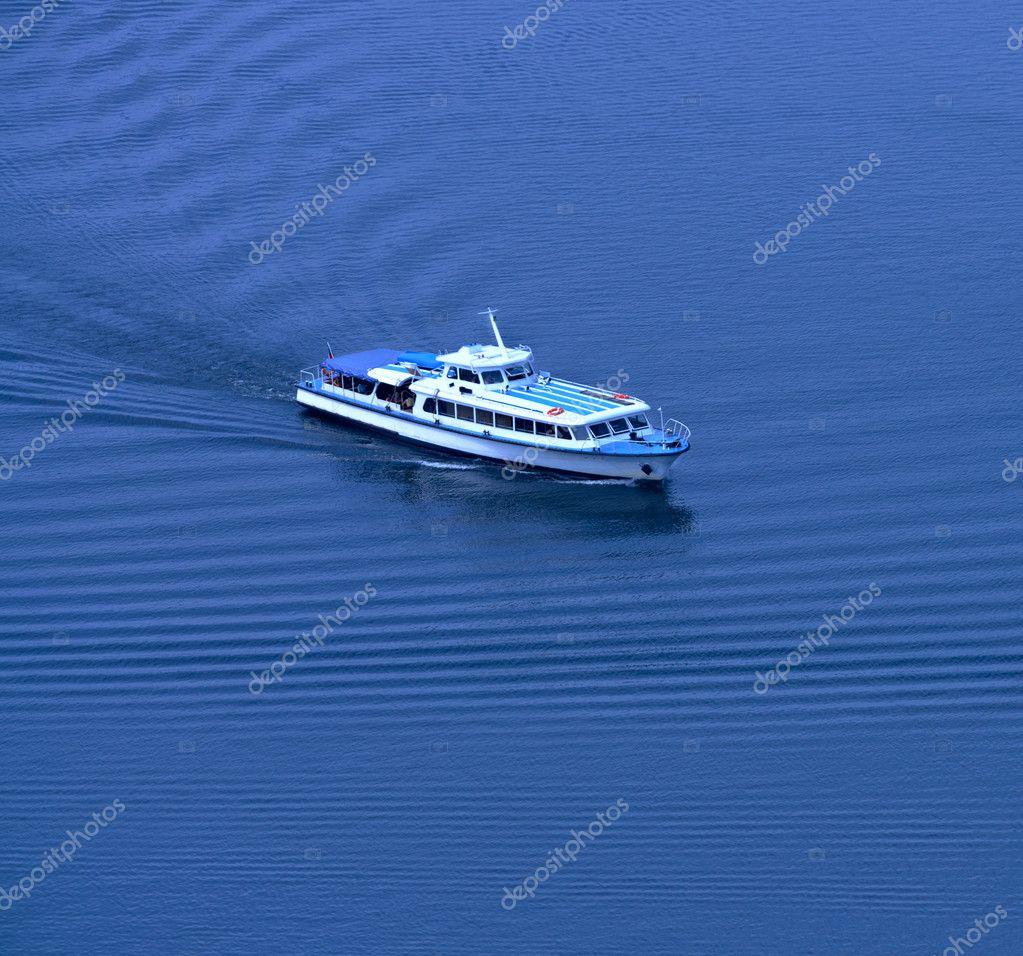 游艇.在顶视图 - 图库图片