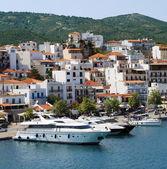 Boats in Skiathos island — Stock Photo
