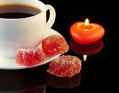 Lezzetli pasta ve kahve fincan — Stok fotoğraf