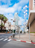 The street in Tel Aviv, national flags of Israel — Stock Photo