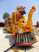 Elephant Train, Sightseeing in Safari with animals, in amusement park,circus — Stock Photo