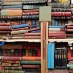 Lot of antique books at Portobello fleamarket, London — Stock Photo