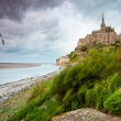 Mont Saint-Michel at windy stormy day - Stockfoto