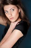 Güzel bir genç kadın — Stok fotoğraf