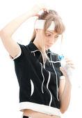 Chica con botella de agua vacía — Foto de Stock
