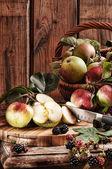 Rustic Apples — Stock Photo