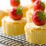 Strawberry Cupcakes — Stock Photo