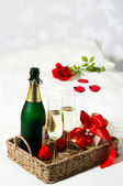 Champagne Breakfast In Bed — Stock Photo