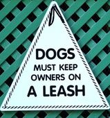 Funny Dog Sign — Stock Photo