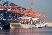 Limanı konteyner gemileri — Stok fotoğraf