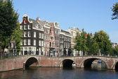 Ponte em amsterdam, holanda — Foto Stock