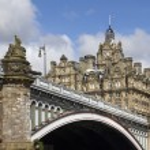 North Bridge in Edinburgh, Scotland — Stock Photo #12141126
