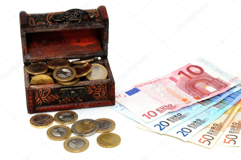 Treasure chest with Euro in front of a white background — Stock Photo #11815019