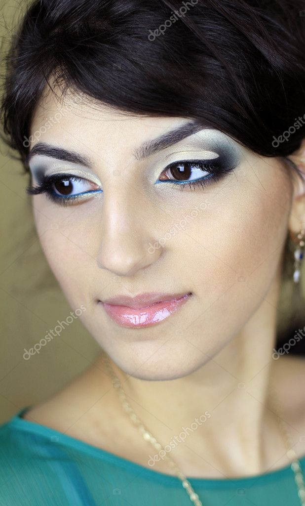 Beautiful girl — Stock Photo #11549137