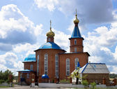 Iglesia de la aldea rusa — Foto de Stock
