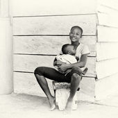 Young Ghanaian mother and her lovely baby — Stock Photo