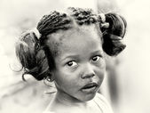 Portrait of a young Ghanaian girls with amazing hair — Стоковое фото