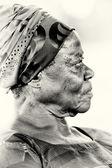 Interesante imagen de una mujer ghanesa — Foto de Stock