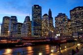 Manhattan at dusk. Wall Street Financial Center — Stock Photo
