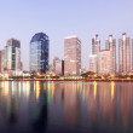 Panorama of Bangkok city with reflection,Thailand — Stock Photo